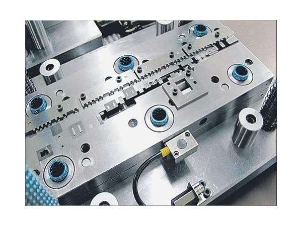 如何做一个优秀的冲压模具生产厂家