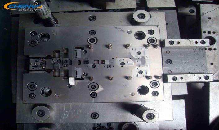 五金模具冲裁间隙对冲压件质量的影响
