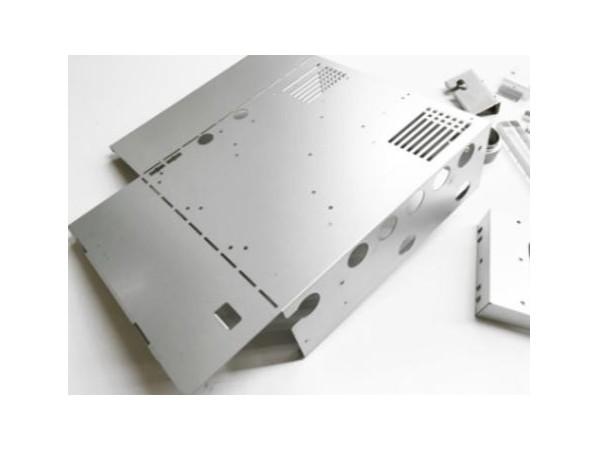 麻涌钣金加工厂的不锈钢加工作用及特点