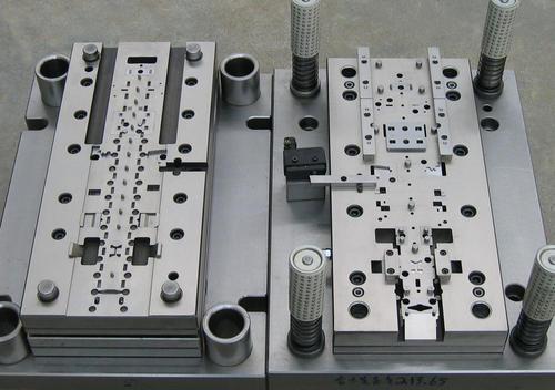 深圳冲压模具加工厂