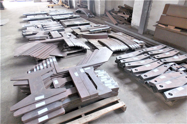中厚板机械配件加工厂