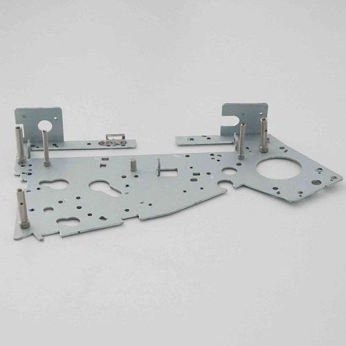 电解板五金冲压件正面图片