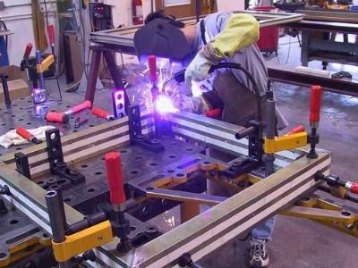 谢岗钣金加工厂如何确保落料品质管理?